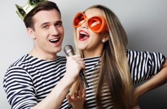 Karaoke Health Benefits: How Singing and Having Fun Improve your Health